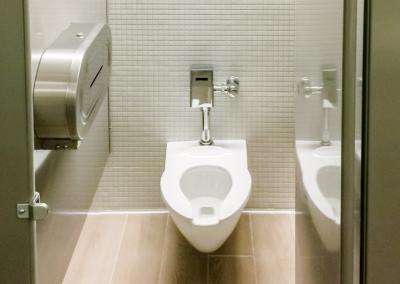 Contractors in winnipeg who do bathrooms